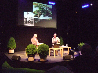 Peter Wakelin interviewing David Moore at the 2013 Hay Festival
